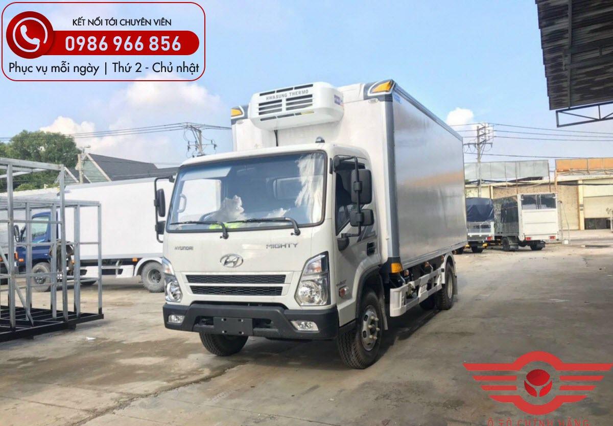 Xe tải Hyundai EX8 GTS2 Thùng Đông Lạnh